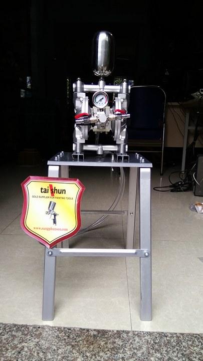 máy bơm màng dùng khí nén
